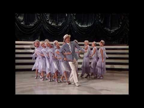 Cantando na Chuva - Trailer oficial (1952)
