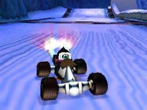 10-curiosidades-sobre-crash-bandicoot-penta-penguin