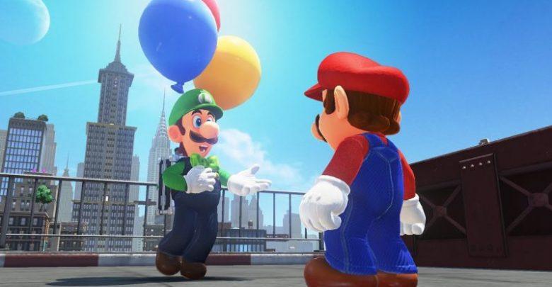 Uma atualização gratuita chega em Fevereiro e trará um novo modo de jogo para o universo de Super Mario Odyssey. Depois de baixar a atualização e concluir a história do jogo, você poderá acessar o mundo de balões do Luigi. Basta falar com o Luigi e começar em um dos dois modos competitivos: Esconder balões ou Caçar balões.