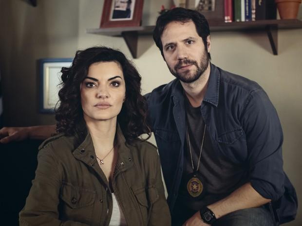 Mayana Neiva é Carolina e Antonio Saboia é Julio em Rotas do Ódio