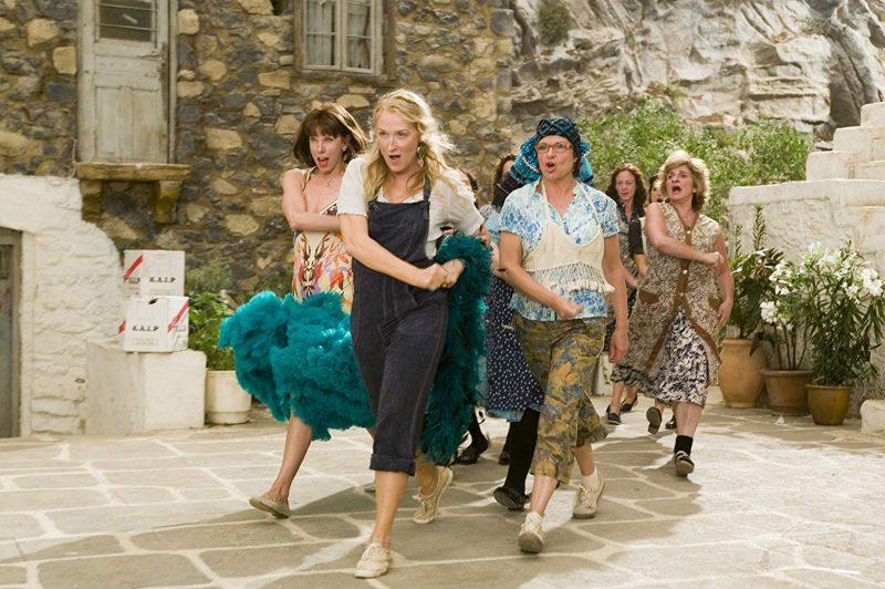 Meryl Streep, Christine Baranski, e Julie Walters em cena do filme