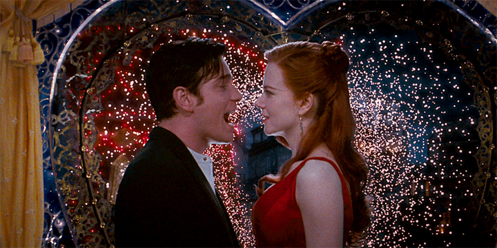 Ewan McGregor e Nicole Kidman como Christian e Satine