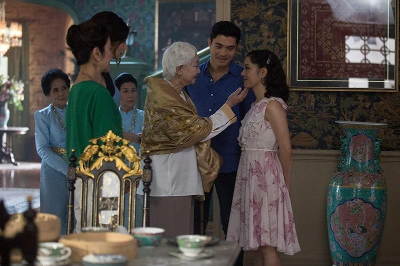 Quando Rachel é apresentada a Ah Ma, a avó de Nick