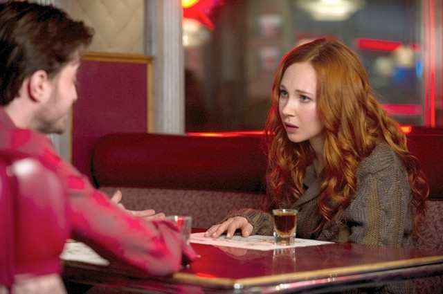 Juno Temple em cena do filme