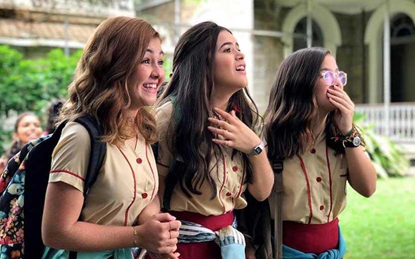 Klara Castanho, Maísa Silva e Mel Maia em cena de Tudo por um Pop Star