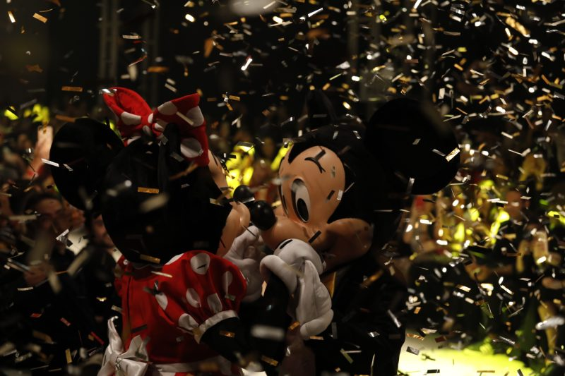 mickey-mouse-completa-90-anos-11