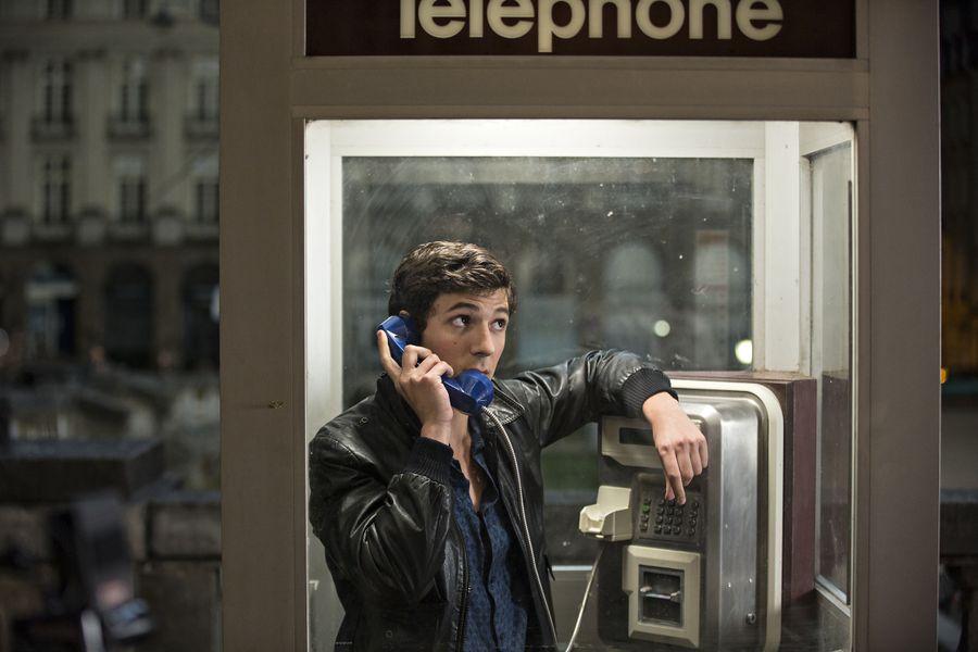 Vincent Lacoste como Arthur