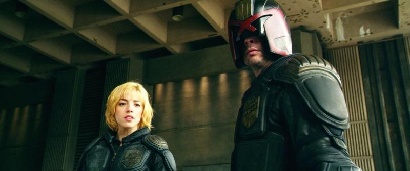 Juiz Dredd e aspirante Anderson