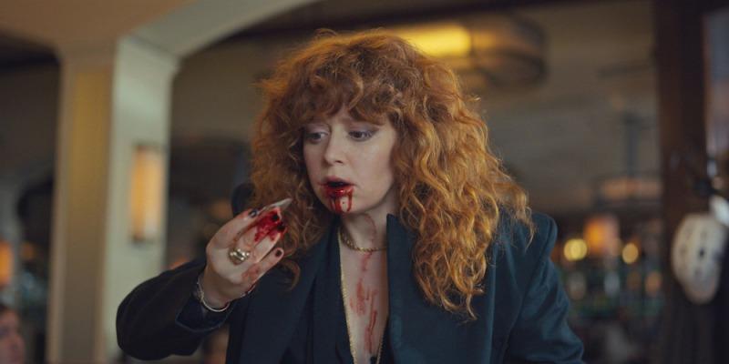 Natasha Lyonne é Nadia em Boneca Russa