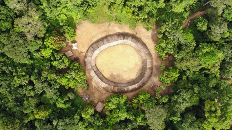 Imagem feita através de drone sobre a aldeia Watoriki