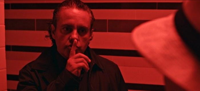 Ricardo Casella em cena do filme Mal Nosso