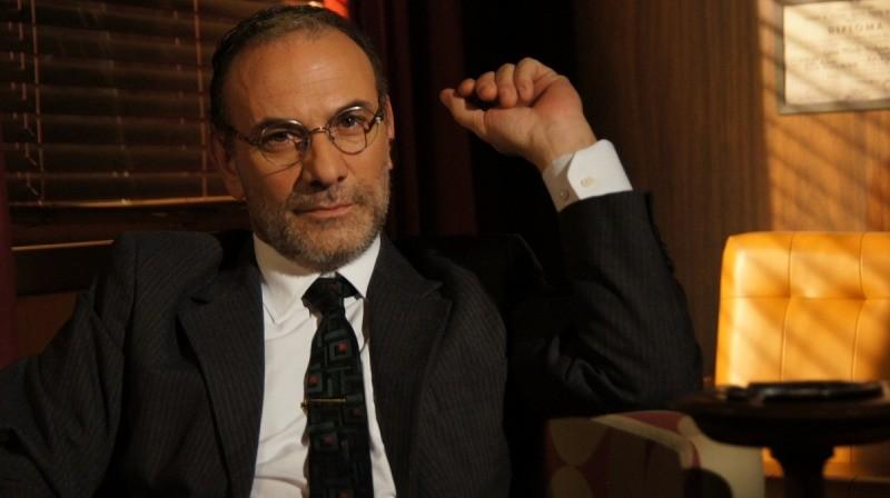 Marco Ricca interpreta uma das muitas pessoas importantes na vida do protagonista