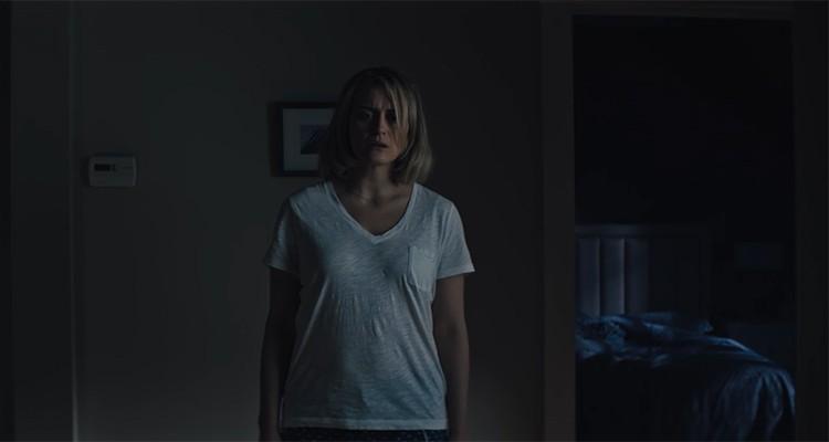 Taylor Schilling interpreta Sarah em Maligno