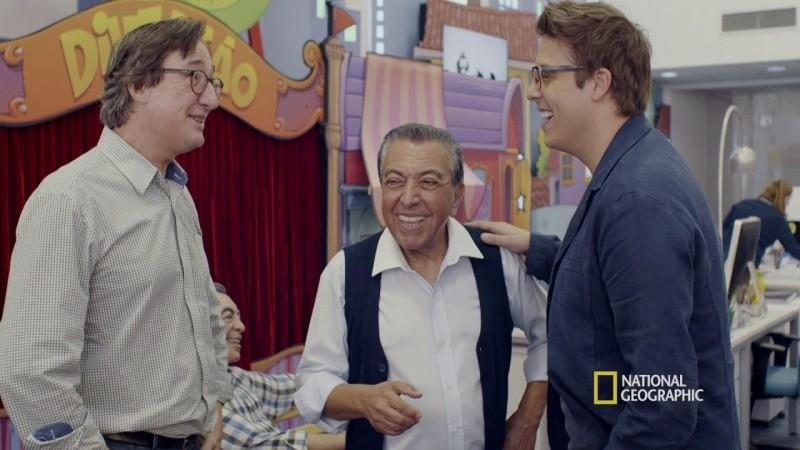 Mauricio e Fabio com o desenhista Sidão, que inspirou o personagem do Louco em BIOS: Vidas que marcaram a sua