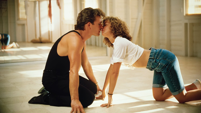 Patrick Swayze e Jennifer Grey em cena do filme Dirty Dancing