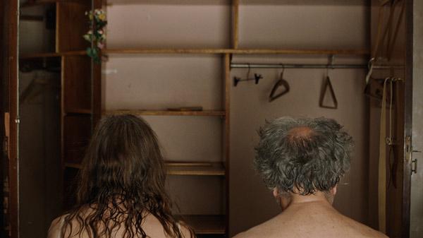 O filme La Cama se foca em Jorge e Mabel