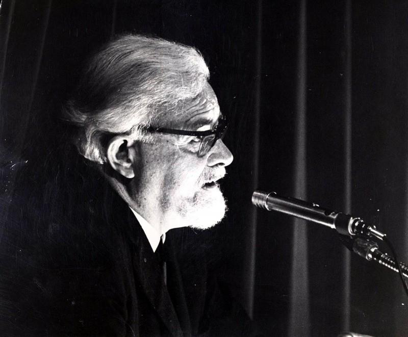 T. H. White - autor de O Único e Eterno Rei