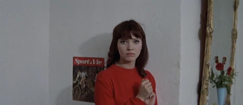 Anna Karina rouba a cena em Uma Mulher é Uma Mulher