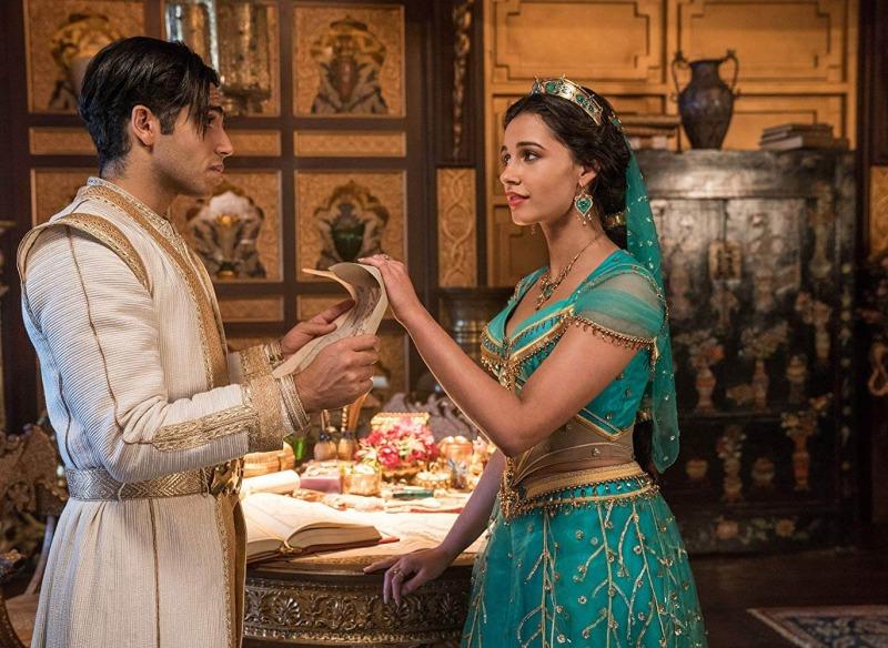 Aladdin como Príncipe Ali e Jasmine