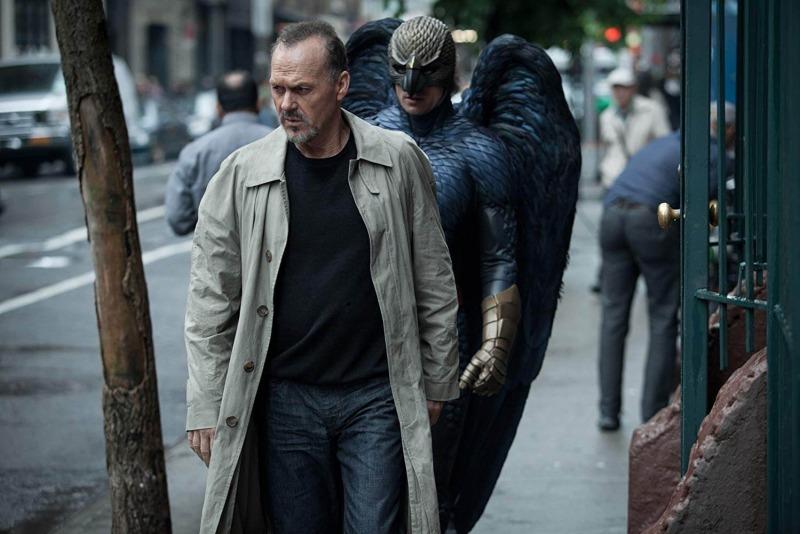 Michael Keaton é Riggan em Birdman