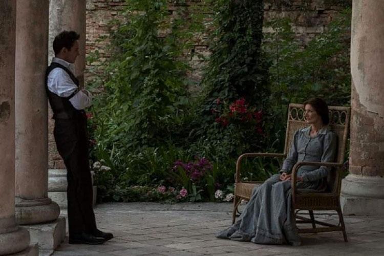Jonathan Rhys Meyers e Joely Richardson em cena do filme Os Papéis de Aspern