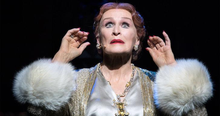 Glenn Close como Norma Desmond em Sunset Boulevard