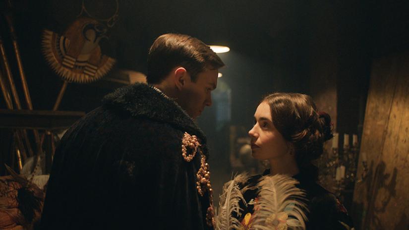 O filme aborda a relação de Tolkien e Edith
