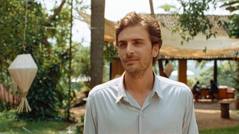 Roman Kolinka é Gabriel em Maya