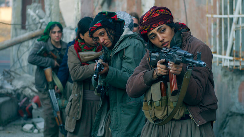 Filhas do Sol fala de um exército composto só por mulheres