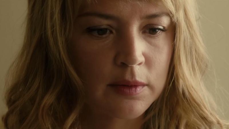 Virginie Efira em cena do filme Um Amor Impossível