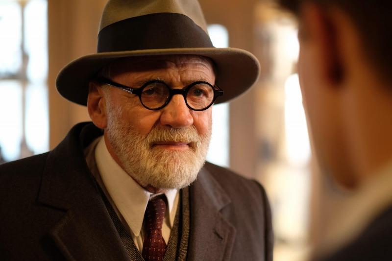 Bruno Ganz como Freud
