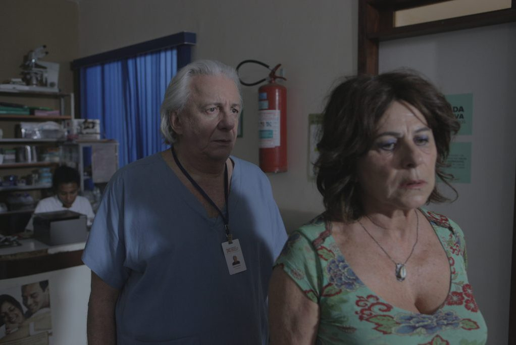 Marco Nanini e Denise Weinberg em cena do filme Greta