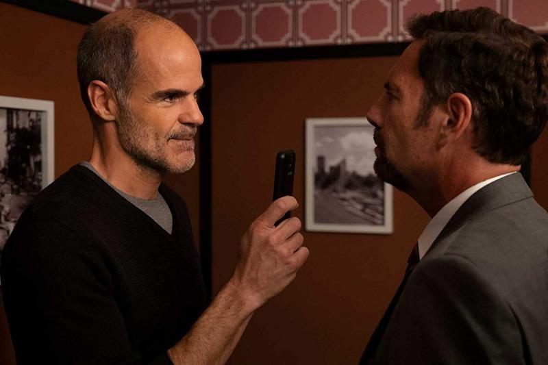 Michael Kelly contracena com John Krasinski em Jack Ryan - 2ª temporada