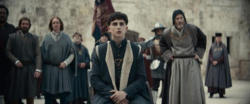 Timothée Chalamet é O Rei Henrique V