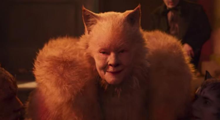 Judi Dench como a Velha Deuteronomy