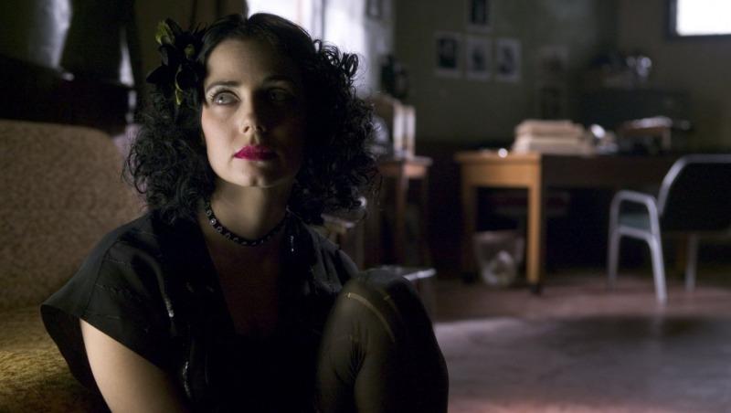 Mia Kirshner interpreta a Dália Negra no filme de De Palma