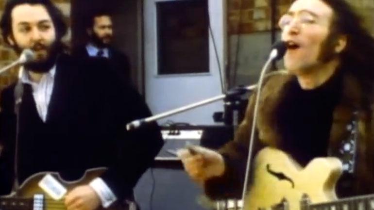 John Lennon e Paul McCartney em cena do filme Let It Be