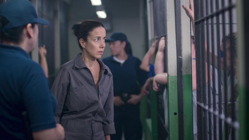 Paulina começa A Casa das Flores - 3ª temporada na cadeia