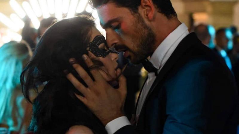 Massimo sequestra Laure para que ela se apaixone por ele