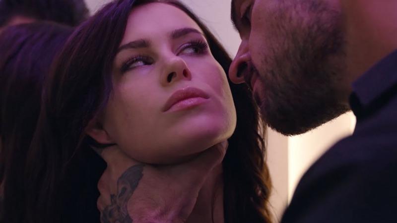 A ideia do filme 365 Dias é vender as cenas de sexo