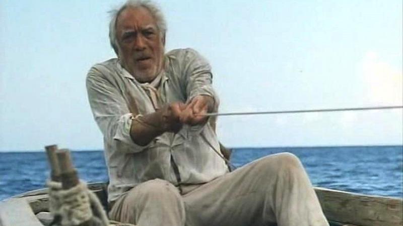 Anthony Quinn como Santiago na minissérie de 1990 - O Velho e o Mar