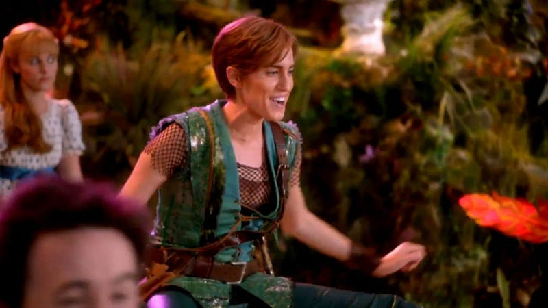 Allison Williams como Peter Pan