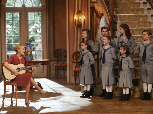 Maria e as crianças em A Noviça Rebelde ao Vivo!