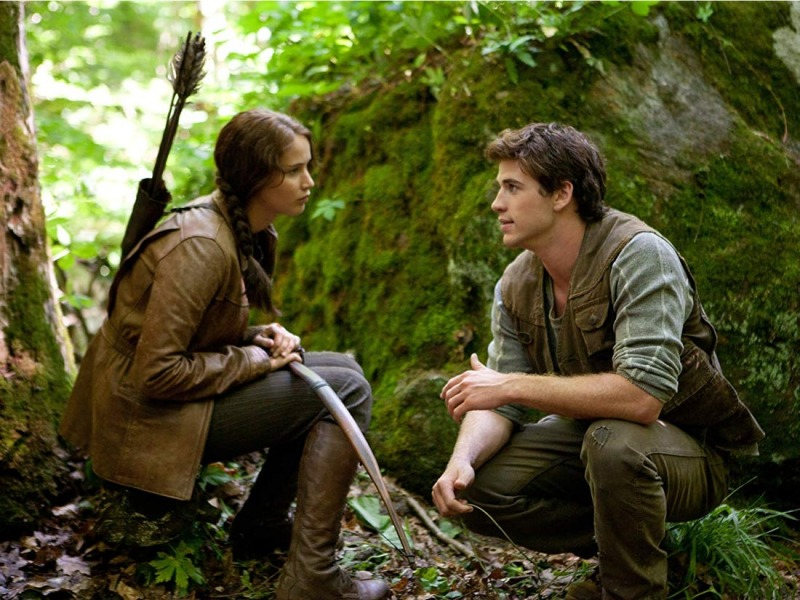 Katniss e Gale no filme de 2012