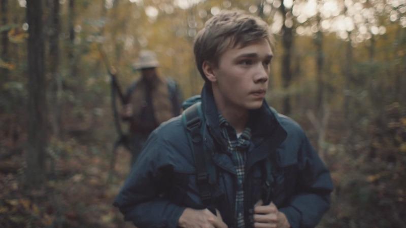 O filme O Assassino de Clovehitch foca bastante na relação entre pai e filho