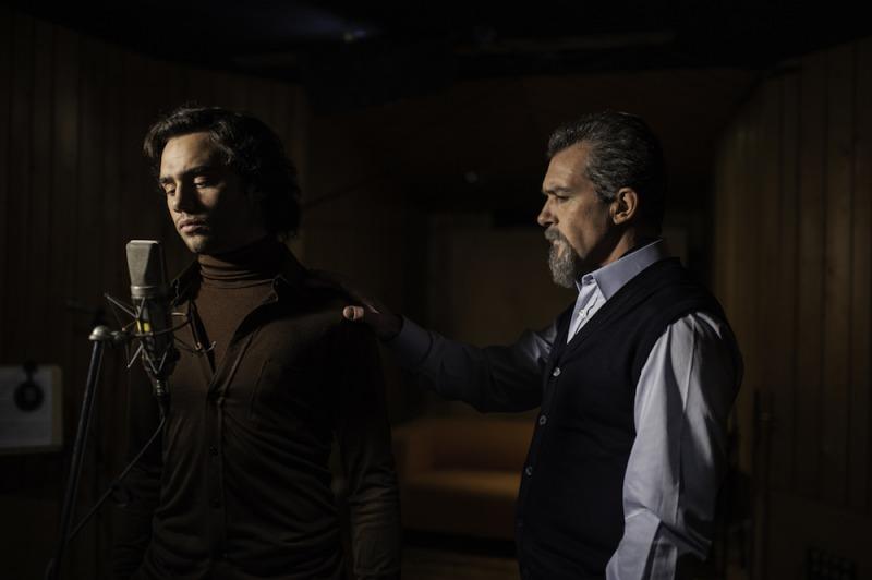O livro de Andrea Bocelli inspirou o filme A Música do Silêncio