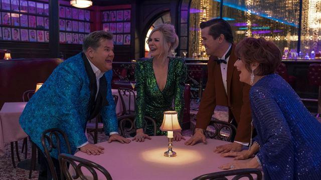 Corden, Kidman, Rannells e Streep em cena do filme