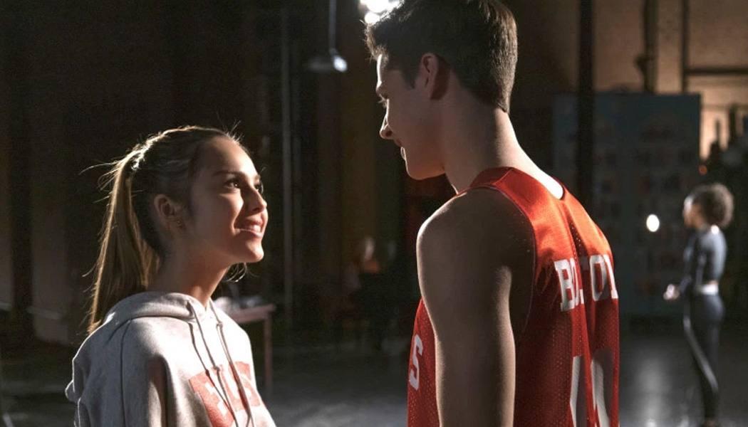 High School Musical: A Série faz piada com ela mesma
