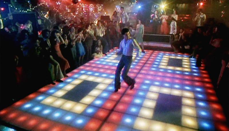 Os Embalos de Sábado à Noite retrata a cultura disco