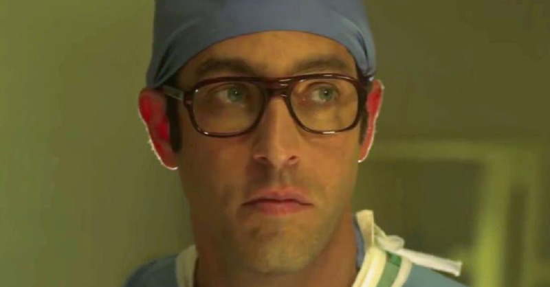 Nick Loeb como Bernard Nathanson